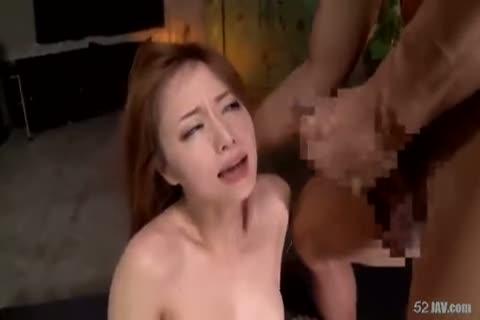 吉沢明歩 無理矢理押し倒され手マン&クンニで潮吹きさせられると口に肉棒をねじ込まれてイラマチオされる美人で巨乳なお姉さん。肉棒を挿入されレイプされるもデカマラの気持ち良さにハメ潮を垂れ流してしまう。