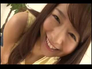 【白石茉莉奈】最高の癒し系巨乳お姉さんがAV界に殴り込み!のサムネイル画像