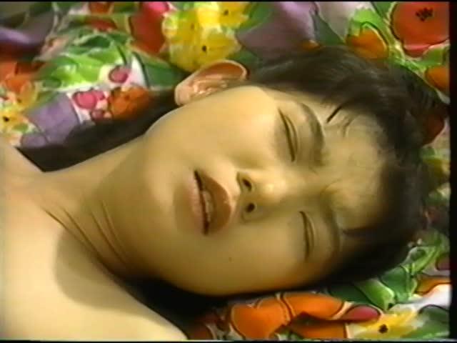 【フェラ】AV女優-鈴木奈緒が身体験した処女喪失シーンを再現